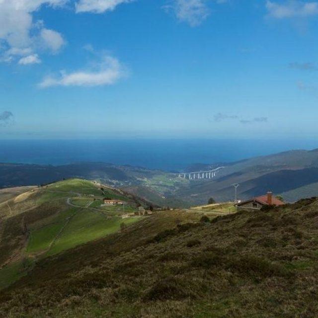 Ruta por las Brañas Vaqueiras zona Sierra del Pumar